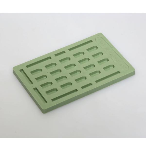 Flache Einbettungsgießform mit 28 Vertiefungen, grün
