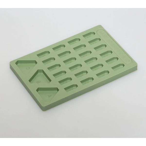 Flache Einbettungsgießform mit 24 (+3) Vertiefungen, grün